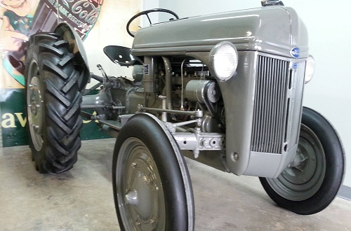 Antique Tractors Ford 9n : Antique tractors and tractor parts in us